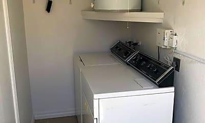 Kitchen, 3042 Highland St N, 2