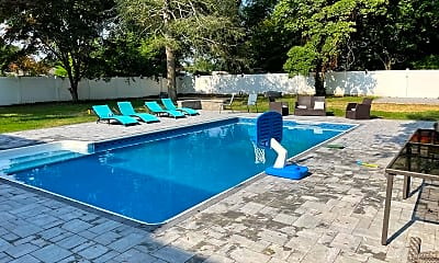 Pool, 15 Larchwood Ave, 2
