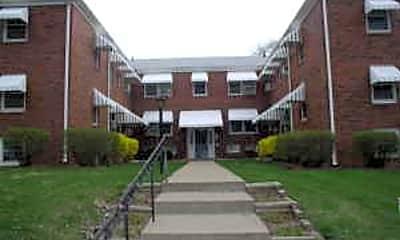 Building, 4702 Cass St, 0
