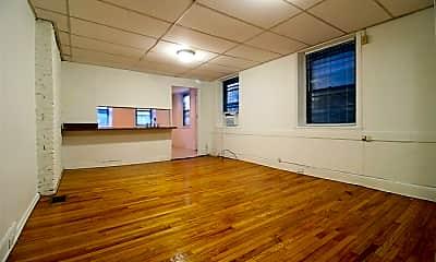 Living Room, 2122 Walnut St, 1