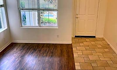 Living Room, 6839 Buttonwood Ln, 1