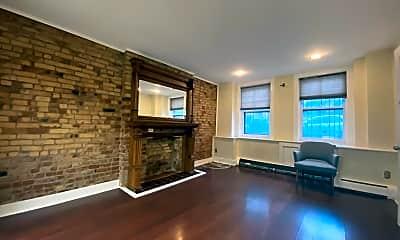 Living Room, 115.5 Chestnut St, 0
