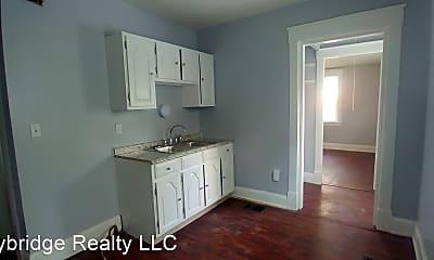 Kitchen, 548 Considine Ave, 1