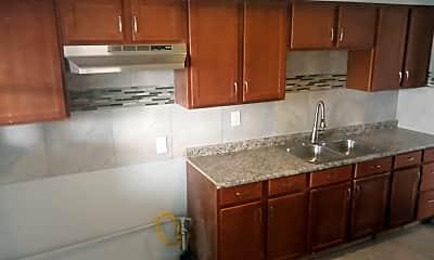 Kitchen, 6842 S Calumet Ave 3, 1