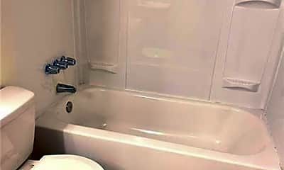 Bathroom, 1843 Jefferson St, 2