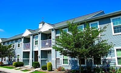 Bent Creek Apartments, 1