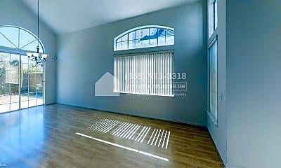 Living Room, 5324 Shamrock Common, 1