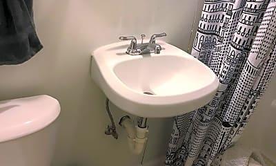 Bathroom, 1301 Valentine Rd, 2