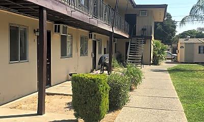 Garden Villa Apartments, 2