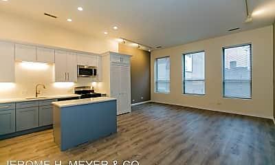 Living Room, 2320 N Clark St, 0