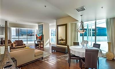Living Room, 2700 S Las Vegas Blvd 508, 2