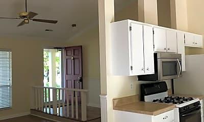 Kitchen, 10309 Roundhouse Cir, 2
