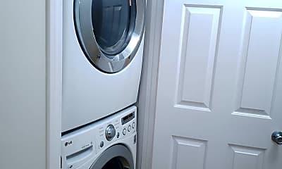 Bathroom, 3502 Pringle St, 2