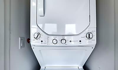 Bathroom, 5700 N Ashland Ave 305, 2