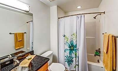 Bathroom, Shockoe Valley View Apartments, 2