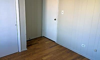 Bedroom, 505 W Springfield Ave, 2