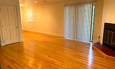 Living Room, 2875 Shadow Creek Dr, 1