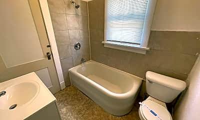 Bathroom, 856 S 27th St, 2
