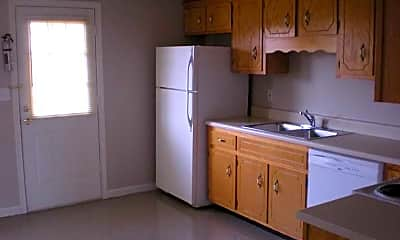 Kitchen, Blue Grass Meadows, 1
