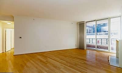 Living Room, 717 President St 401, 1