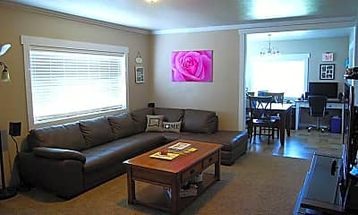 Living Room, 3505 Chicory Ln, 1