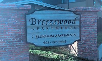 Breezewood Park Apartmenits, 1