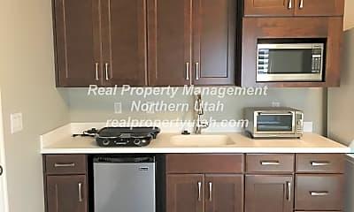 Kitchen, 54 W Eastwood Pl, 1