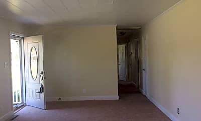 Living Room, 213 Nunn St, 1