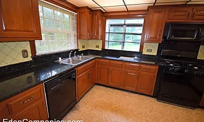 Kitchen, 730 Golfview Dr, 1