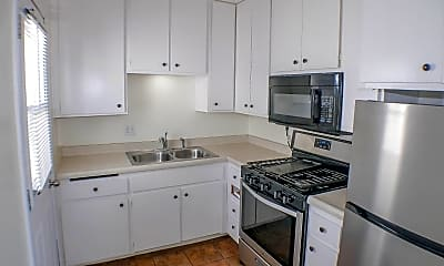 Kitchen, 5032 W Point Loma Blvd, 0
