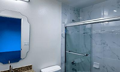 Bathroom, 3839 Motor Ave, 2