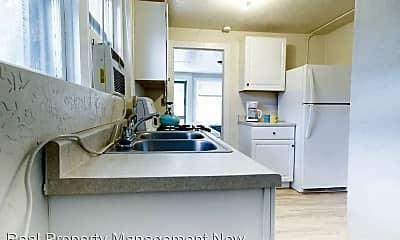 Kitchen, 529 Colorado Ave, 1