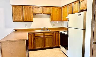 Kitchen, 2628 Gilpin Ave, 1