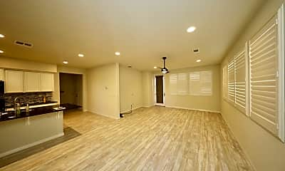 Living Room, 2604 Admiral Cir, 1