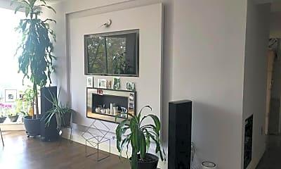 Living Room, 71 Village Rd N 3D, 0