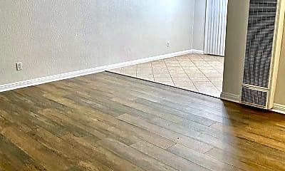 Living Room, 748 Calla Ave, 1