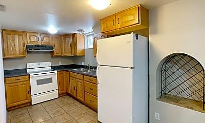Kitchen, 2007 College Heights Rd, 0