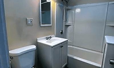 Bathroom, 30 Greenough St, 2