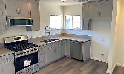 Kitchen, 424 W Arrow Hwy, 1