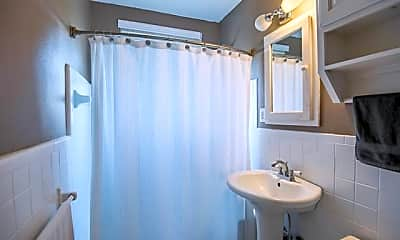 Bathroom, 2306 Park Pl Ave 9C, 2