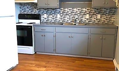 Kitchen, 507 1st St, 1