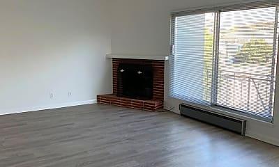 Living Room, 3010 Octavia St, 0
