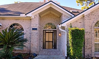 Building, 3752 SOUTHERN HILLS DR, 1