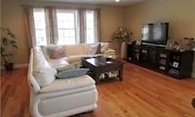 Living Room, 178 Lincoln Ave, 1