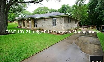 Building, 211 Hanna Ave, 1