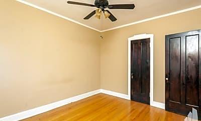 Bedroom, 835 W Cornelia Ave, 1