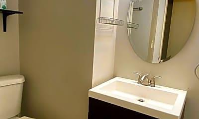 Bathroom, 610 Lafayette Ave SE, 2