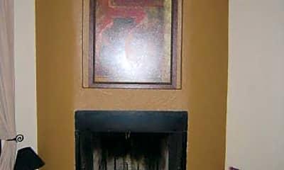 Living Room, 3640 N 38th St 206, 0