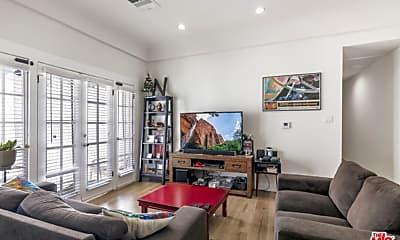 Living Room, 1316 S Hudson Ave, 1