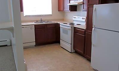 Kitchen, 2001 Huron Pkwy, 2